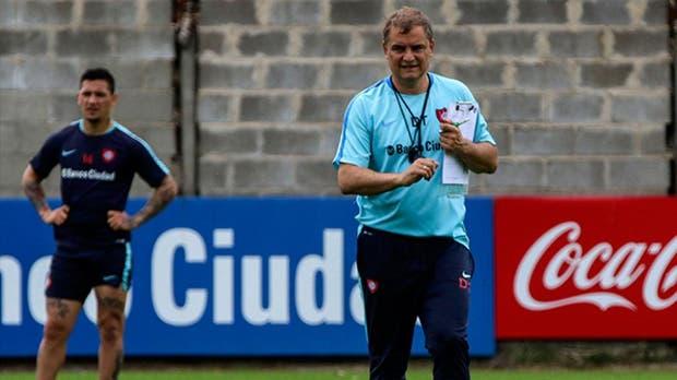 Aguirre confirmó que continuará en San Lorenzo un año más