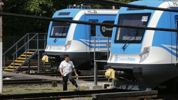 Los trenes del Sarmiento estuvieron parados 30 horas por fallas eléctricas