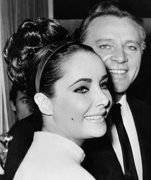 En 1962, junto a su marido, el actor Richard Burton, en el rodaje del film The V.I.P.