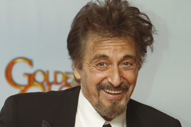 Al Pacino y una versión libre de Imagine
