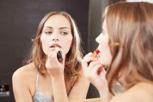 Cálida o fría: ¿Cómo maquillarte según tu tono de piel?