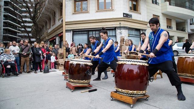 En medio de un clima festivo no faltó la música. Foto: LA NACION / Ignacio Sánchez
