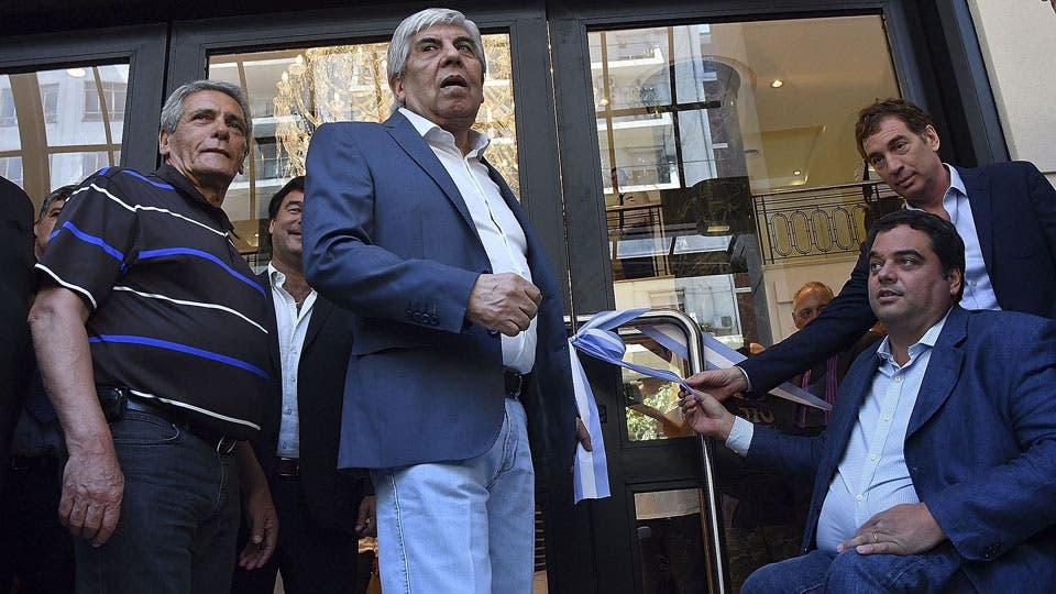 La Procelac denunció al jefe camionero y a su hijo Pablo por detectar operaciones millonarias sospechosas