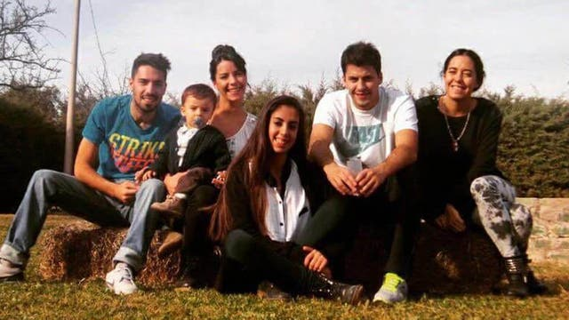 María José Coni junto a su familia