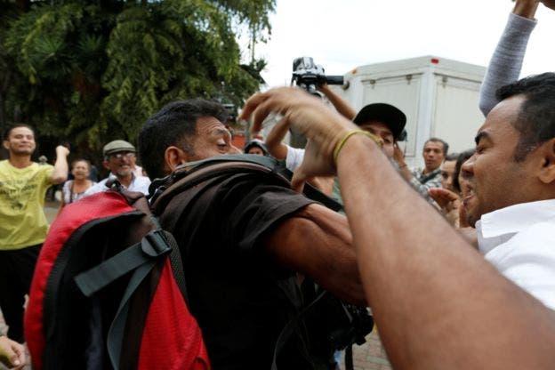 Se registraron incidentes aislados entre partidarios del gobierno y la oposición en la puerta de la AN