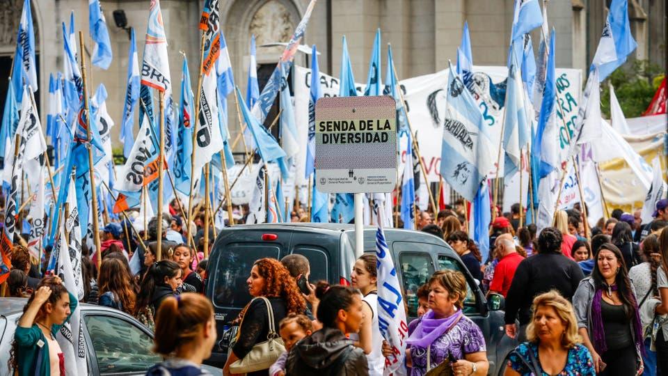 Marcha en Mar del Plata. Foto: LA NACION / Mauro V. Rizzi