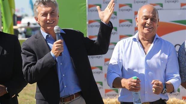 Macri y Venegas el mes pasado en Expoagro; volverán a juntarse mañana en el microestadio de Ferro