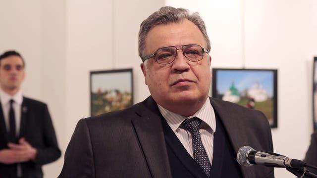 Arrestan a la familia del asesino del embajador ruso en busca de pistas que puedan aclarar el crimen