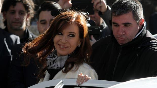 La ex presidenta Cristina Kirchner, en su salida del Instituto Patria