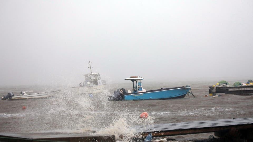 Los fuertes vientos que provocó el huracán María volaron techos y provocaron inundaciones