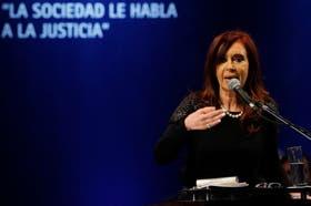 Cristina Kirchner habló de la causa AMIA a través de Twitter
