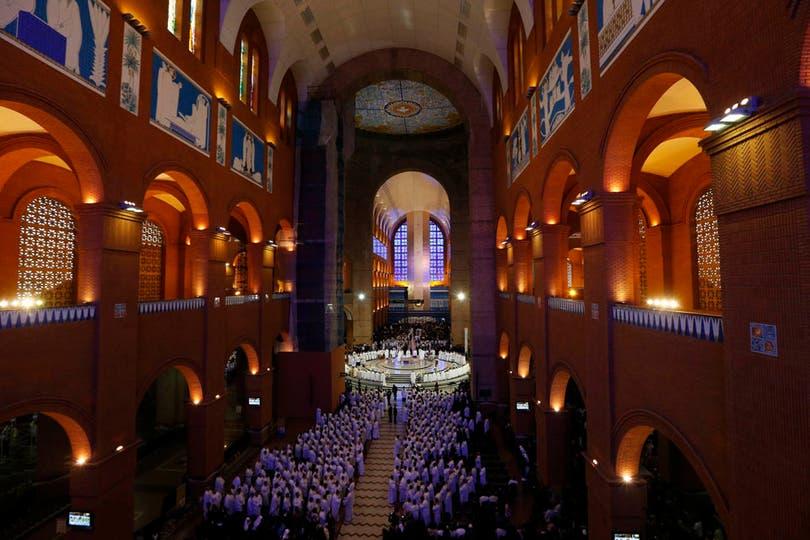 """Francisco mandó un fuerte mensaje para los jóvenes, a quienes calificó como """"motores potentes para la Iglesia y la sociedad"""". Foto: Reuters"""