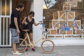 Las bicicletas plegables se venden mucho en MonoChrome