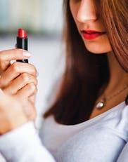 Cómo pintarte los labios según su forma