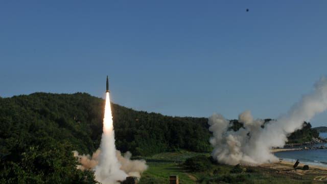 Donald Trump le respondió a Kim Jong-un con más misiles