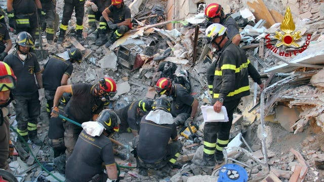 El derrumbe en Torre Annunziata dejó al menos ocho muertos