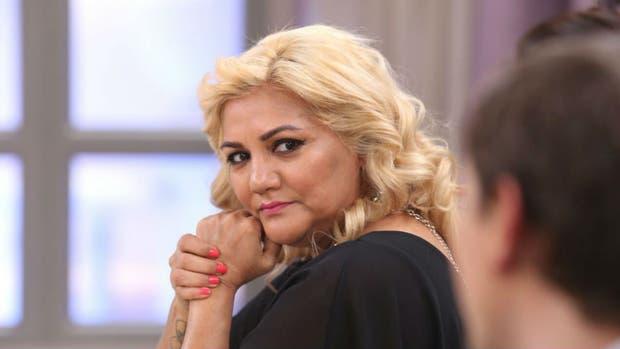 Durante el programa de Mirtha Legrand la cantante reveló que su padre la golpeaba