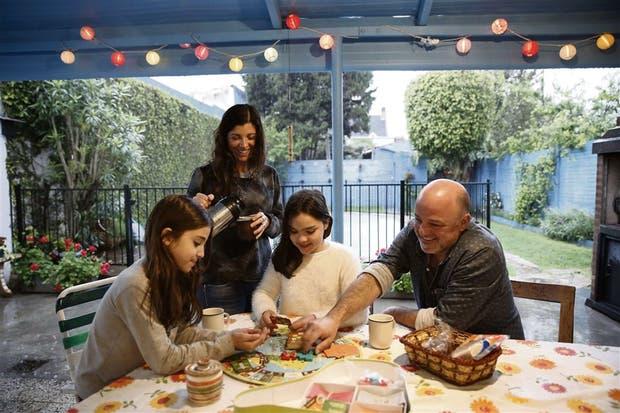 Miguel Weiskind, Griselda y sus hijas Margarita y Catalina