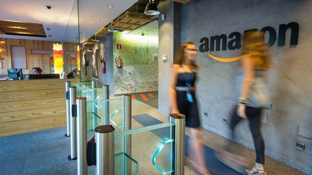 Amazon hoy emplea a 40.000 personas