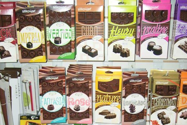 Para los amantes del chocolate, La Violeta tiene una sección especial opciones para todos los gustos. Foto: Foto: Gentileza la Violeta Cotillón