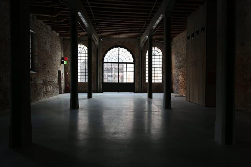 Interior del pabellón argentino, donde se exhibirá la obra de Fontes