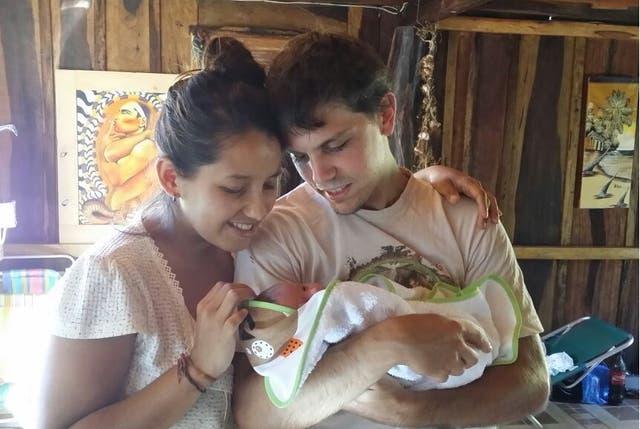 Tuvieron a su hijo en Misiones, hace cinco meses