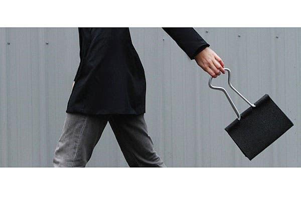 ¿Quién no conoce estos clips? Ahora están en forma de cartera, ¿la tendrías?. Foto: Trendenciasshopping.com