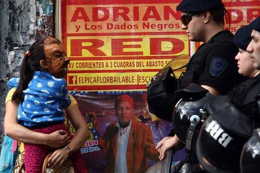 En esta oportunidad, el procedimiento se lleva adelante en un depósito ubicado en Sarmiento al 2800. Foto: LA NACION / Ricardo Pristupluk