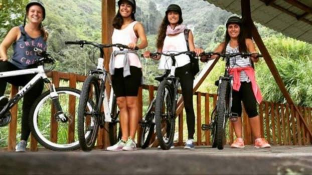 Marina, María José, Agustina y Sofía en Baños, Tungurahua, Ecuador.