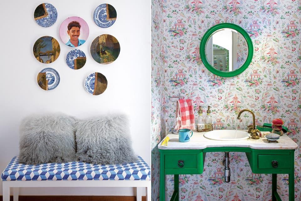 En un toilette, el verde intenso del mueble y el espejo resaltan sobre las pálidas flores del papel de Ralph Lauren.  /André Luiz Cronemberger Nazareth