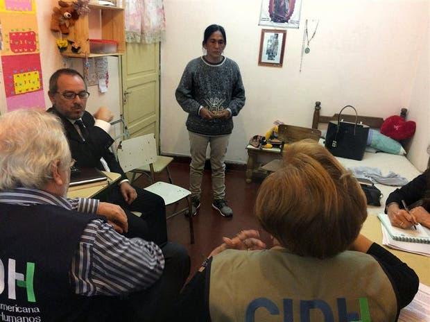 Milagro Sala recibió en su habitación del penal de Alto Comedero a la comitiva de la CIDH