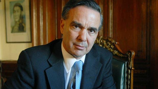 El jefe del bloque de senadores del Frente para la Victoria, Miguel Pichetto