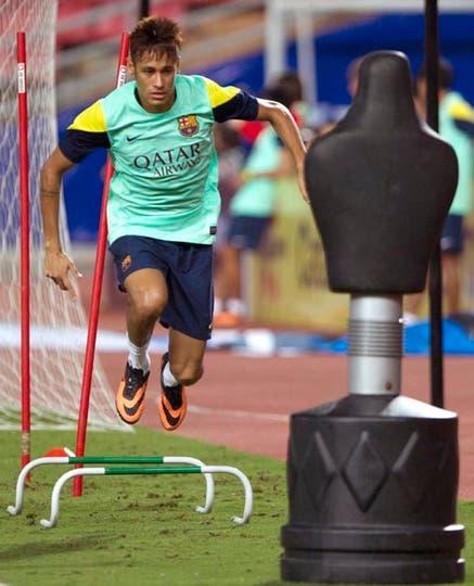 Independiente estaría interesado en un nuevo defensor. Ampliaremos.. Foto: Fotos de EFE, AP, AFP y Reuters