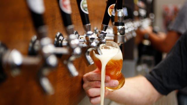 """Según Zucchi, las cervezas artesanales son """"turbias"""" porque no están filtradas"""
