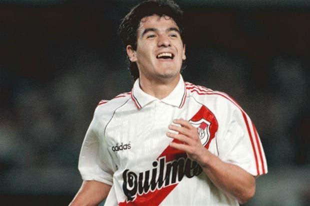 El Burrito cumplió ayer 21 años de su debut en Primera con River, ante Platense en 1991