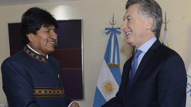 El presidente de Bolivia, Evo Morales, mantuvo un encuentro con Mauricio Macri en Mendoza