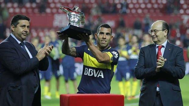 ¿Cómo convenció Sevilla a Boca de jugar un amistoso?