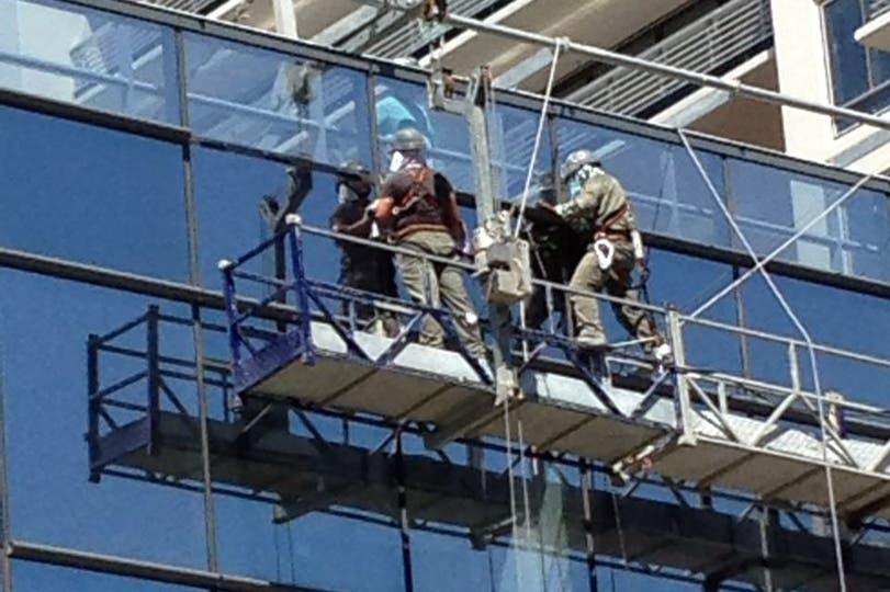Testimonios de los que tienen que soportar la jornada laboral a merced de las altas temperaturas