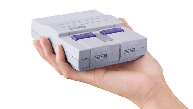 La SNES Mini viene con 21 juegos preinstalados, y usa el mismo hardware que la NES mini