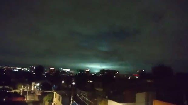 El fenómeno es conocido como luces de terremoto