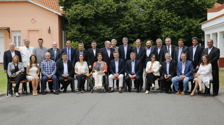 Macri y la cúpula de su gobierno recibieron a todos los gobernadores en Olivos foto: LA NACION Ricardo Pristupluk