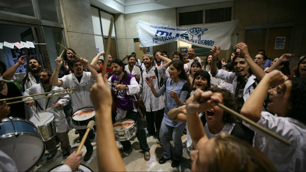 Despidieron a 400 empleados del Ministerio de Educación de la Nación