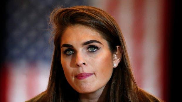 Hope Hicks directora de comunicación de la Casa Blanca. Con sólo 28 años, será la encargada de todos los aspectos de las comunicaciones de la Casa Blanca, como la estrategia para promover la agenda de Trump y organizar discursos y conferencias
