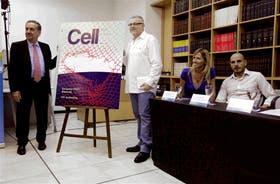 Barañao y Rabinovich, ayer, durante el anuncio de la publicación