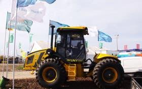 La empresa producirá tractores en Brasil