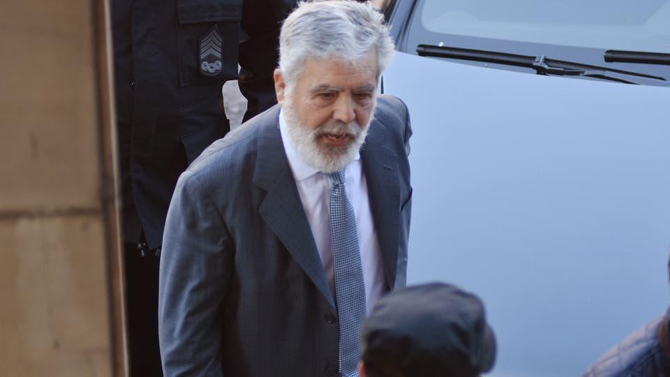 Julio De Vido el llegar a los tribunales de Comodoro Py