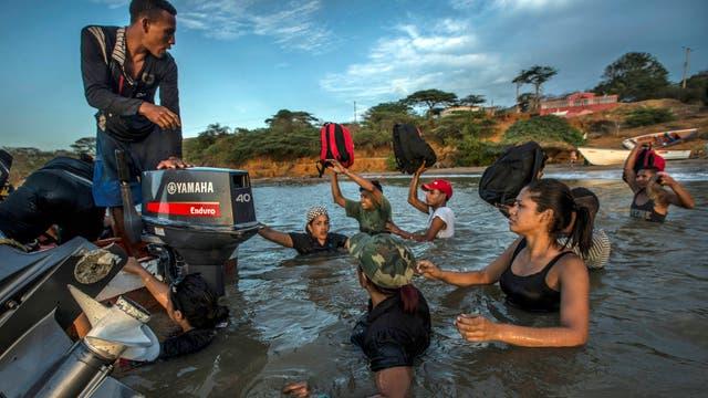 Resultado de imagen para la nacion venezuela escapan mar