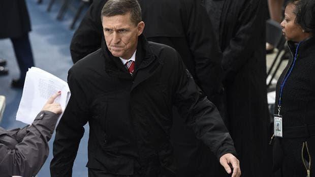Renunció Michael Flynn, el consejero de Seguridad Nacional de Donald Trump