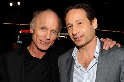 ¿Se acuerdan de David Duchovny? Acá junto a Ed Harris en la presentación del film Phantom.. Foto: AFP