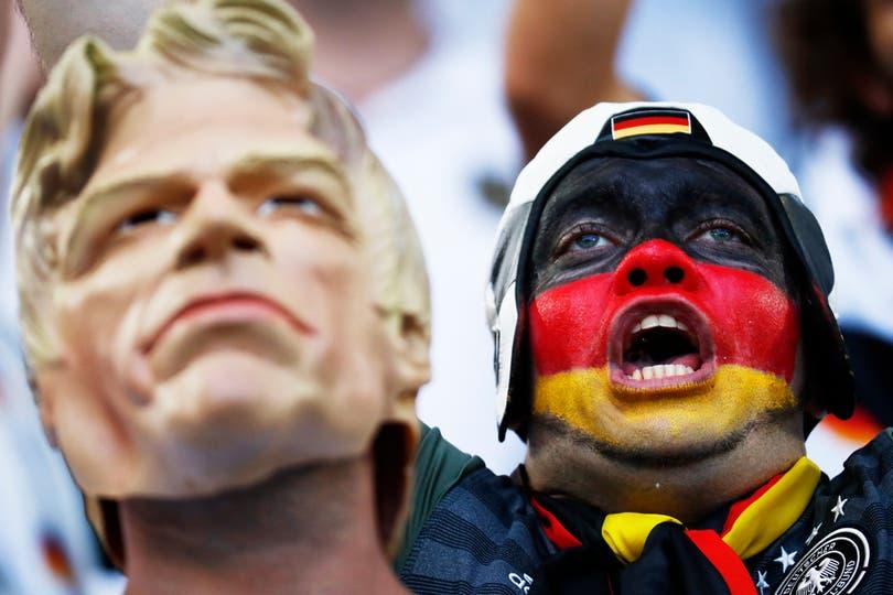 El publico en Alemania Vs Italia, por los cuartos de final de Eurocopa 2016. Foto: Reuters / Kai Pfaffenbach
